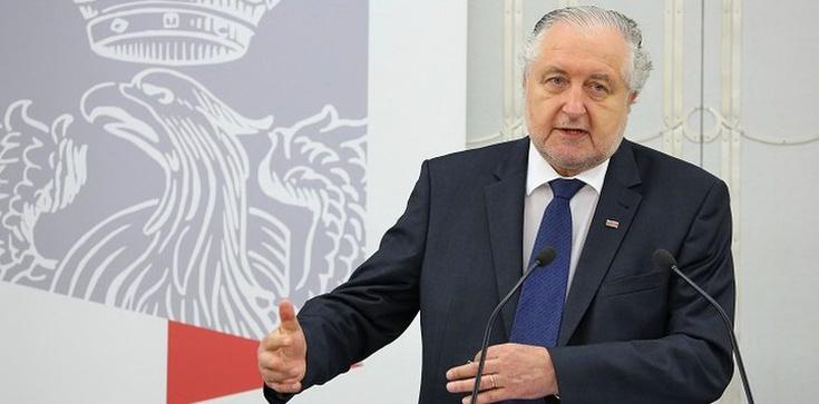 Nie ma od niego odwołania - Prof. Rzepliński o wyroku TK w sprawie aborcji - zdjęcie