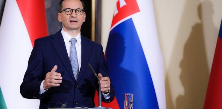 Premier na szczycie V4: Mówimy nie centralizmowi w UE! - zdjęcie