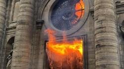 Miesiąc temu pożar wybuchł w świątyni Saint-Sulpice. Seria podpaleń? - miniaturka