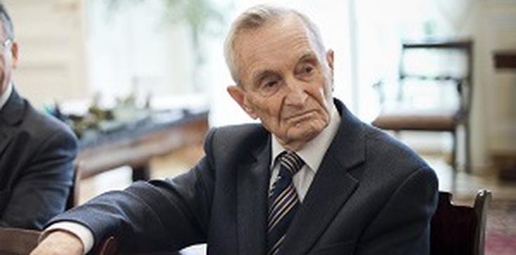 Zmarł prof. Henryk Samsonowicz, Kawaler Orderu Orła Białego - zdjęcie