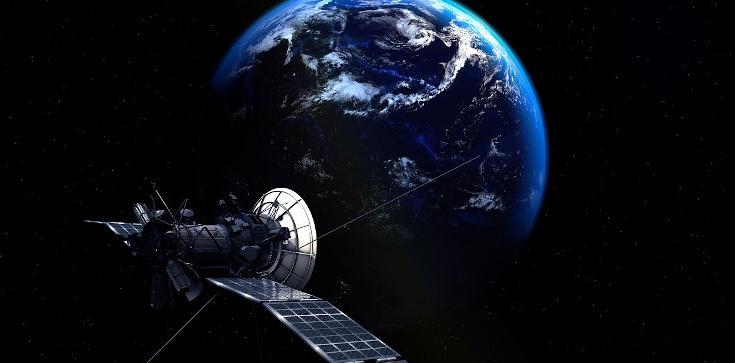 Jan Bodakowski: Zero prywatności. Komercyjny satelita prześwietla budynki na wylot - zdjęcie