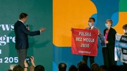 Gorąco na kongresie Hołowni. Ochrona wyprowadziła aktywistów Greenpeace - miniaturka