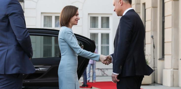Wizyta prezydent Mołdawii w Warszawie. PAD: Sprawy Mołdawii mamy na sercu - zdjęcie