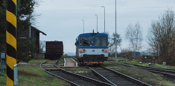 W Czechach zderzyły się pociągi. Są ofiary śmiertelne i wielu rannych  - zdjęcie