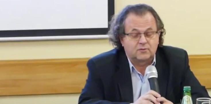 ,,Niedzielski skapitulował''. Były szef GIS żąda zamknięcia kościołów - zdjęcie