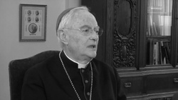 ,,Święty człowiek''. Polacy wspominają abpa Hosera  - miniaturka