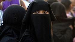 Iran. Mimo prześladowań, muzułmanie masowo nawracają się na chrześcijaństwo!  - miniaturka