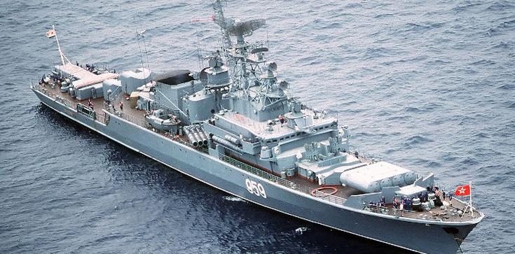 Rosyjska flota wojenna wpłynęła na Morze Czarne - zdjęcie