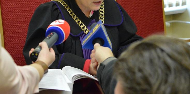 Kasta basta! Katowicki sąd podtrzymuje stalinowski wyrok wydany po sfingowanym procesie - zdjęcie