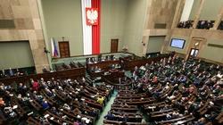 Sejm uchwalił ustawę uderzającą w mienie mafiosów! - miniaturka