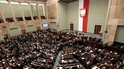 Sejm przyjął budżet na rok 2018. Morawiecki: Najlepszy jaki mogliśmy wypracować dla rodzin i obywateli - miniaturka
