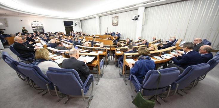 Senat: Rezolucja ws. Białorusi przyjęta jednogłośnie - zdjęcie