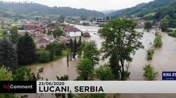 Tragedia w Serbii: Powódź porywa domy - miniaturka