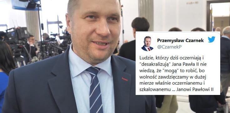 Prof. Czarnek celnie skomentował ataki na Jana Pawła II  - zdjęcie