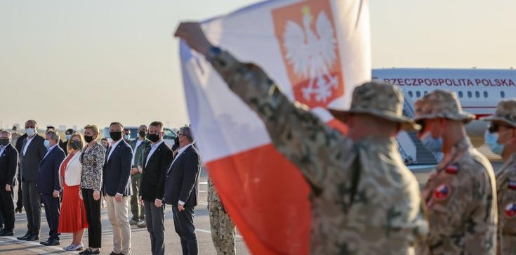 Turcja: Para Prezydencka spotkała się z polskimi żołnierzami   - zdjęcie