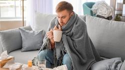 Silny ból gardła i bóle mięśniowe – jak odróżnić zwykłą grypę od groźnego wirusa - miniaturka