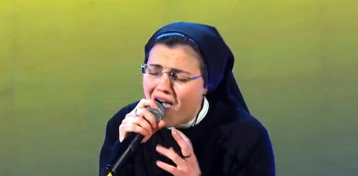 Z ambony strzeleckiej Salwowskiego: Siostra Cristina przekracza granicę - zdjęcie
