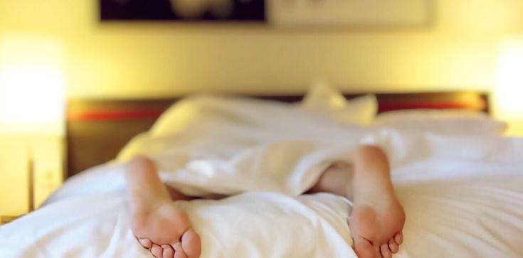 UWAGA! Nocne poty mogą być niebezpieczne! Świadczą o chorobach - zdjęcie
