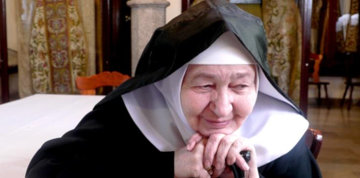 S. Małgorzata Borkowska: Ryk oślicy. Bóg: osoba czy temat? - zdjęcie