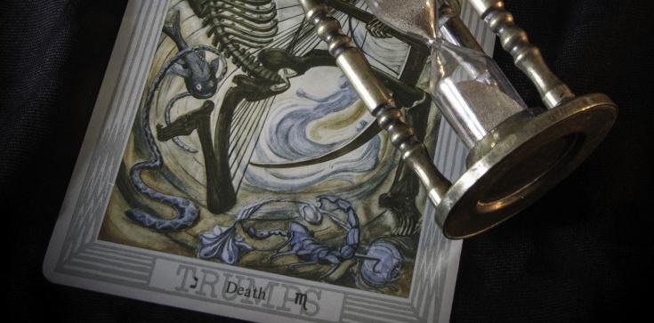 W karty tarota grasz o duszę z diabłem - zdjęcie