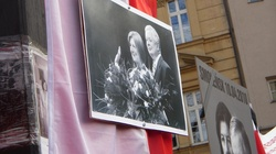 Ukraińscy dyplomaci oddali hołd ofiarom katastrofy w Smoleńsku - miniaturka