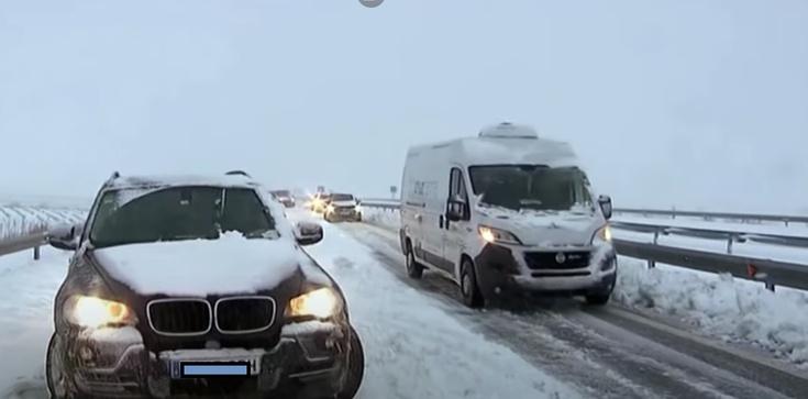 Hiszpania i Portugalia sparaliżowane opadami śniegu - zdjęcie