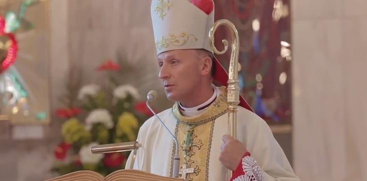Bp Solarczyk: Prymas Wyszyński jest dowodem, że nawet w czasach wrogości do Kościoła można oddać swoje życie Bogu - zdjęcie