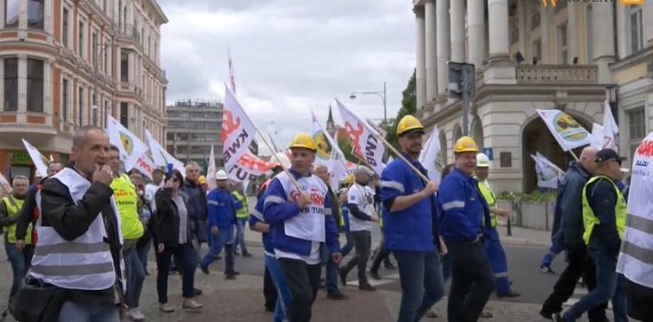 """Zdecydowane akcje """"Solidarności"""" z Turowa. Pojadą do Luxemburga - zdjęcie"""