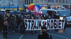 Kłopoty Strajku Kobiet? Uczestniczki nie chcą wulgaryzmów - miniaturka