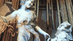 Św. Teresa od Jezusa: Widziałam anioła. Kilka razy przebijał mi włócznią serce  - miniaturka