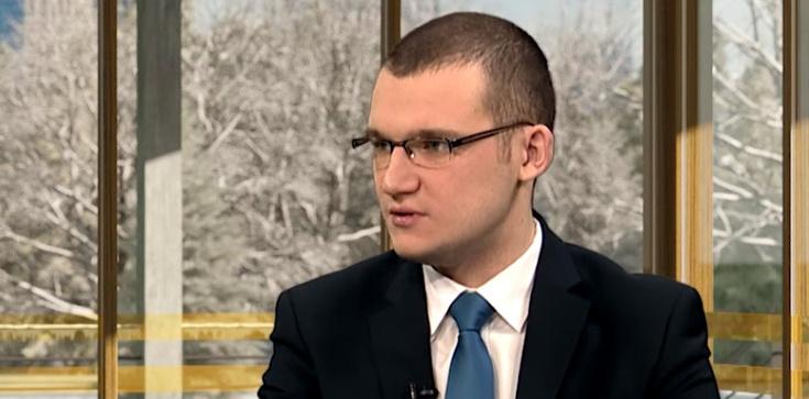 Szefernaker po ataku: Rząd udzieli wszelkiej pomocy prezydentowi Adamowiczowi - zdjęcie