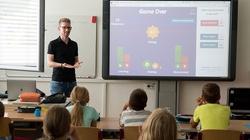 MEiN podaje harmonogram powrotu dzieci do szkół - miniaturka