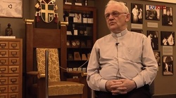 Ks. Prof. Andrzej Szostek dla Frondy udziela szokującego wywiadu! Zdaniem księdza powinniśmy przyjąć migrantów - miniaturka