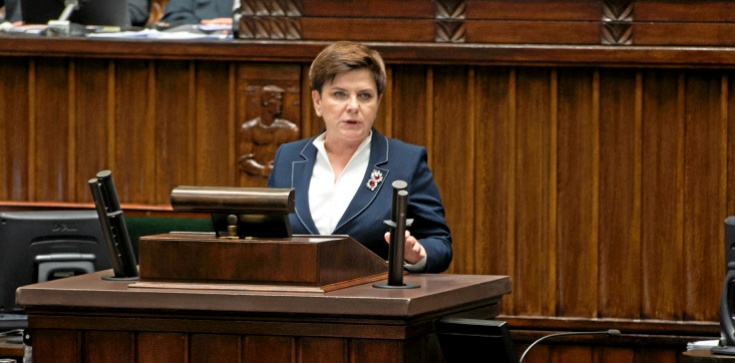 Tabloid uderza w Beatę Szydło. 'Bezczelna manipulacja!' - zdjęcie