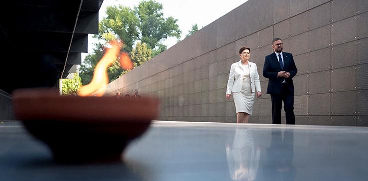 Prezydent i premier złożyli hołd powstańcom [ZDJĘCIA] - zdjęcie