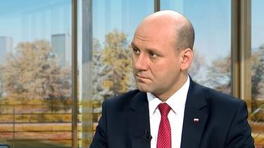 Wiceszef MSZ po śmierci Stefana Michnika: haniebne zaprzeczenie zasadom sprawiedliwości - miniaturka