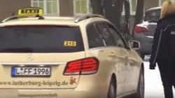 Niemcy: Uchodźcy jeżdżą taksówkami do urzędu i lekarza. CO ZA ABSURD! - miniaturka
