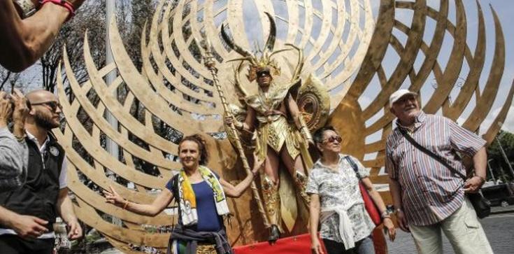 Apokalipsa! Tron Szatana na marszu gejów w Rzymie! - zdjęcie