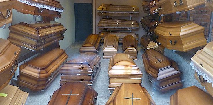 Strach umierać! Tyle obecnie kosztuje pogrzeb - zdjęcie