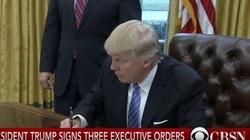 Trump podpisał nowy dekret imigracyjny. Kto nie wjedzie do USA? - miniaturka