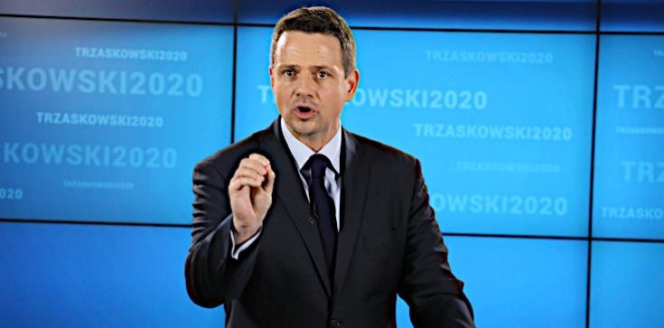 Trzaskowski broni LGBT w sprawie profanacji w Warszawie i gra na rozłam - zdjęcie