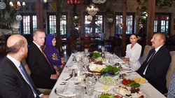 Turecka baza na Kaukazie? Moskwa zaniepokojona wizytą Erdogana - miniaturka