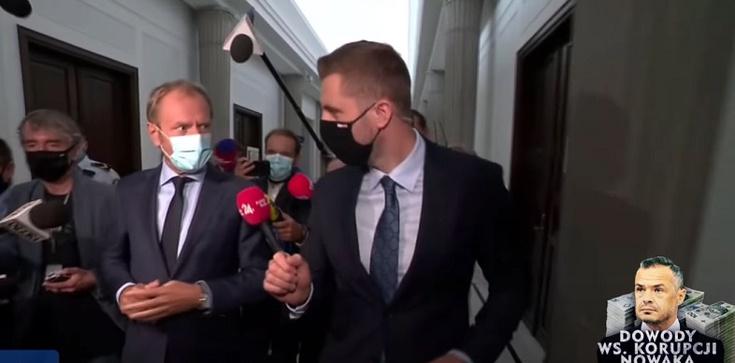 [Wideo] ,,Myślałem, że pan wyższy poziom reprezentuje'' - dziennikarz do Tuska obrażającego go i unikającego odpowiedzi nt. Nowaka - zdjęcie