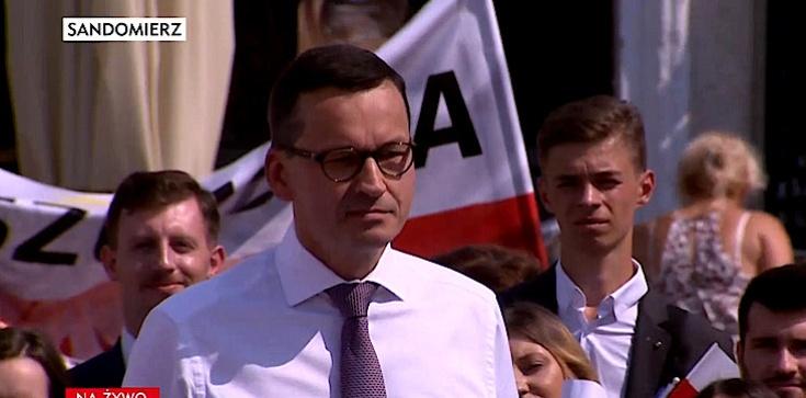 Premier Morawiecki w Sandomierzu: My za Polskę nie przepraszamy, my za Polskę dziękujemy - zdjęcie