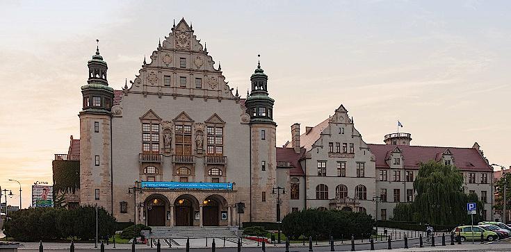 Rektor UAM atakuje abp. Jędraszewskiego. Mocna reakcja! - zdjęcie
