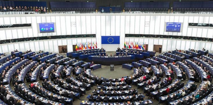 Parlament Europejski o sytuacji kobiet w Polsce - zdjęcie