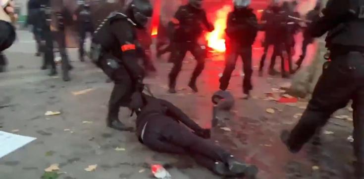 Niespotykana przemoc na francuskich ulicach - zdjęcie