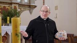 Dlaczego nie używamy w Eucharystii zwyczajnego chleba?  - miniaturka