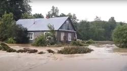 Tragiczna sytuacja na Podkarpaciu po ulewnych deszczach (Wideo) - miniaturka