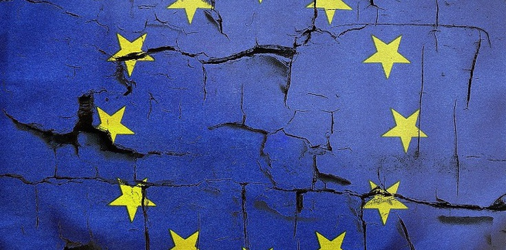 Sondaż. Czy Polska miałaby lepiej poza Unią Europejską tak jak Wielka Brytania? - zdjęcie
